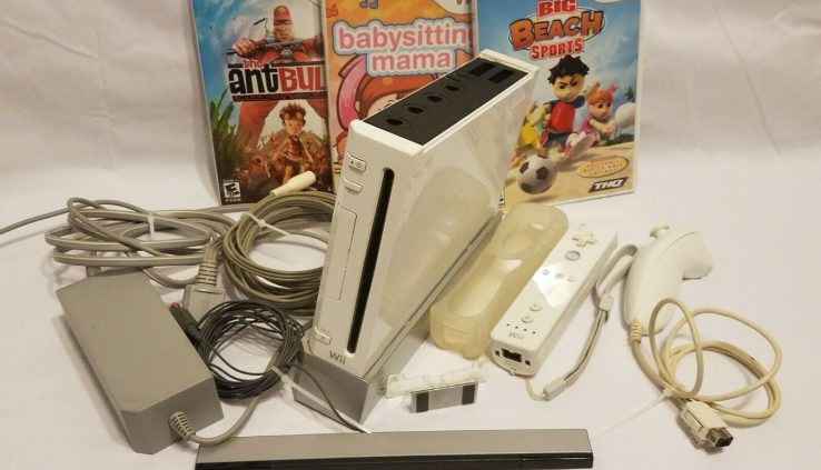 Nintendo Wii White RVL-001 Console/System Bundle +3 Games,Far away Gamecube Compat