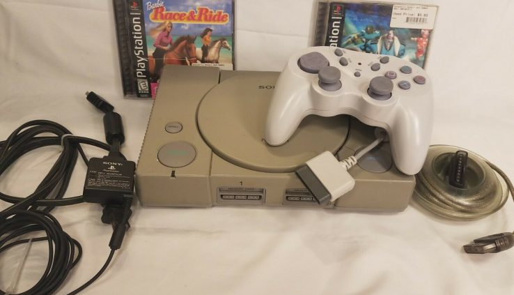 Sony Ps1 PS1 Grey Fashioned Console/Machine Bundle w/2 Video games SCPH-7501 C