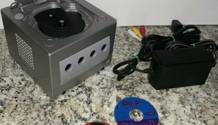Nintendo Gamecube Orderly Shatter Bros Melee Bundle