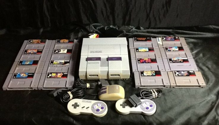 Nintendo SNES Bundle – 16 Video games – 2 Controllers – Mouse – TESTED AND WORKING