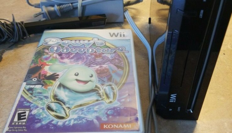 Nintendo Wii Black  Console -RVL-101 Console Bundle. Game and CORDS