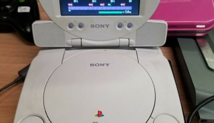 Sony PSONE Combo Total Machine SCPH-101 Portable w/ 1 Controller