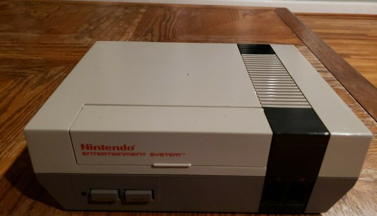 Nintendo NES Long-established Console Simplest Refurbished 72 Pin Connector Examined Works
