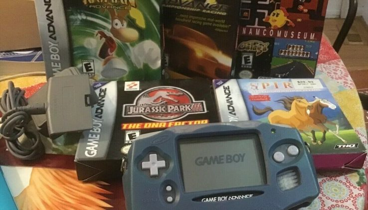 GameBoy Come, 5 Video games, And 1 Charger