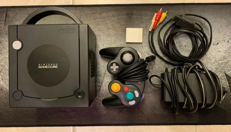 Nintendo GameCube Official Sunless Console Very perfect Condition